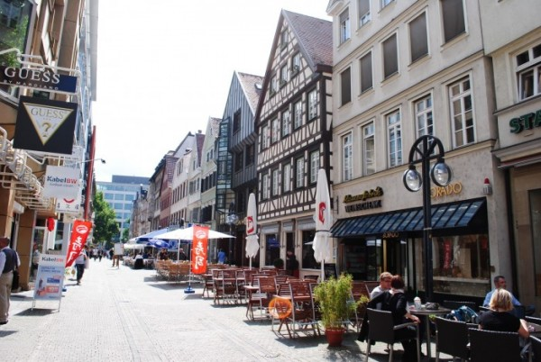 улица Calwer Strasse в Штутгарте