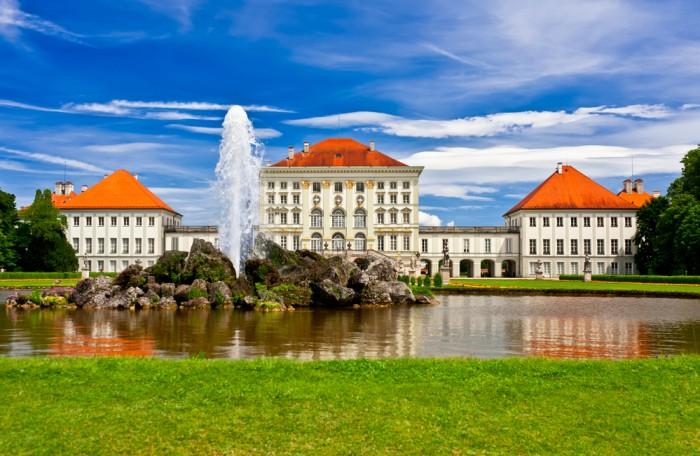 Дворец Нимфенбург Германия