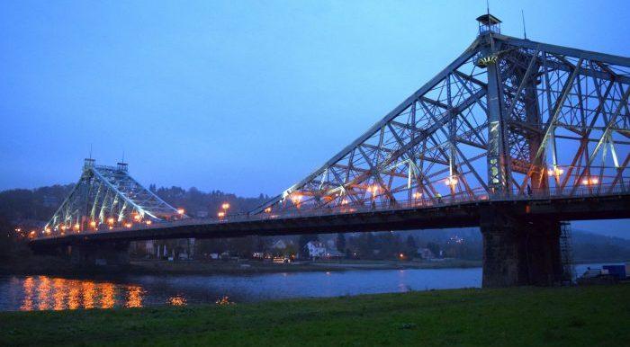 Лошвицкий мост в Дрездене