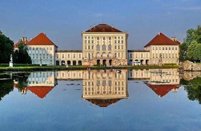 Дворец в городе Дахау