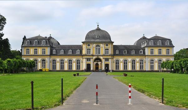 замок Поппельсдорф в Бонне