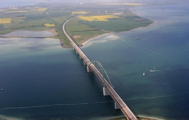 мост Фемарн-Бельт в Германии