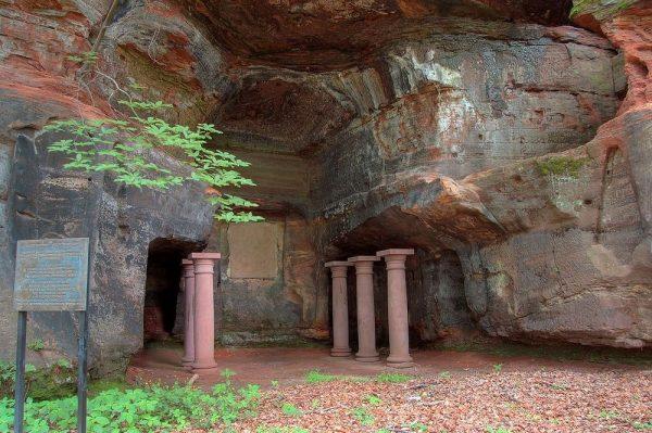 Языческий храм Мирты в Саарбрюкене