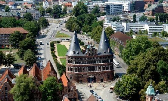 городские ворота Хольстен