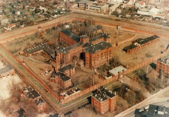 Тюрьма Шпандау в Берлине