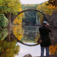 Мистический мост на озере Ракотц