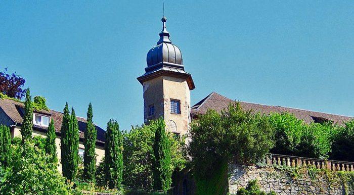 Новый замок в Баден Бадене