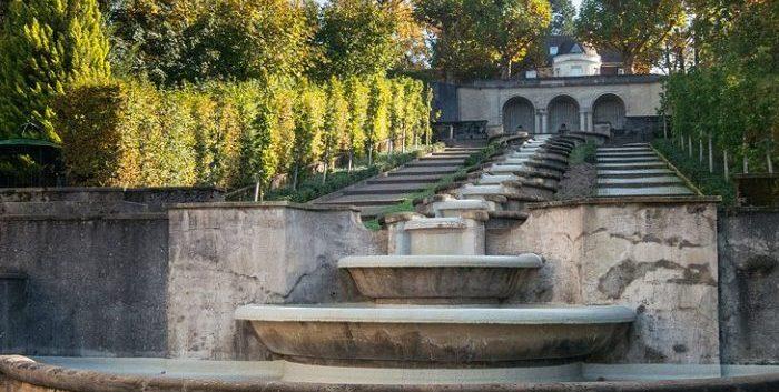 Водный каскад «Парадиз» в Баден Бадене